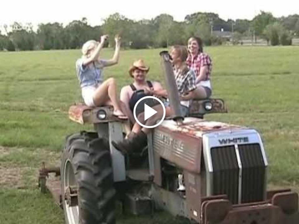 Video John Deere  G