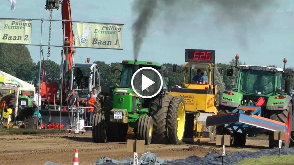 Wideo John Deere 4440
