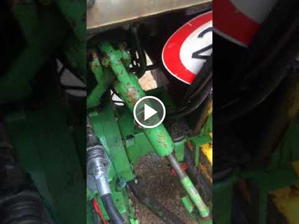 Video John Deere 2450