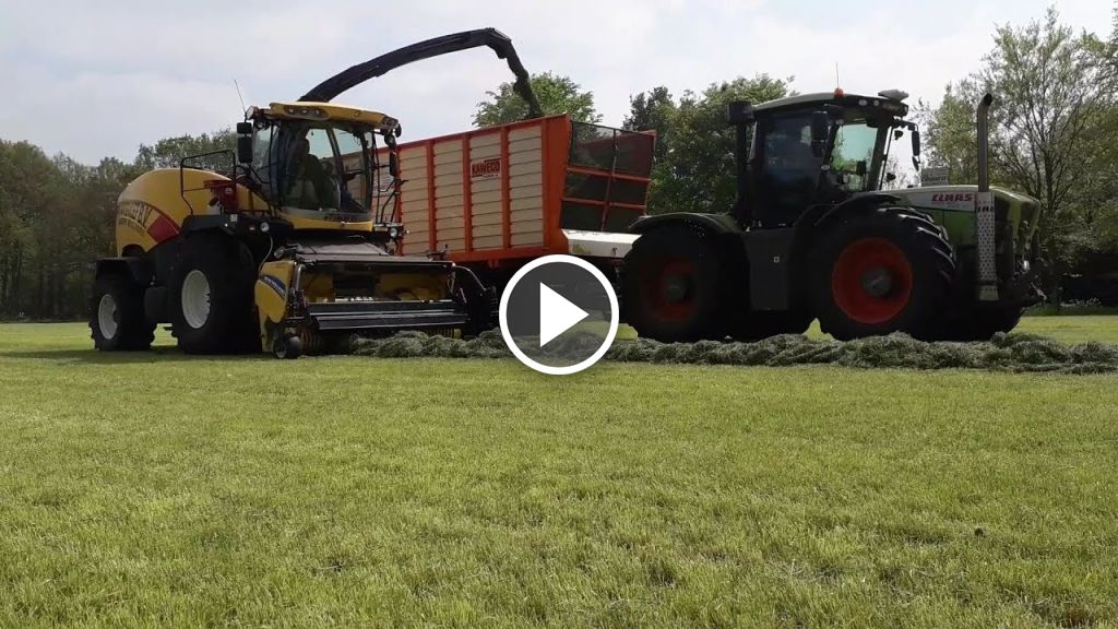 Video Claas Xerion