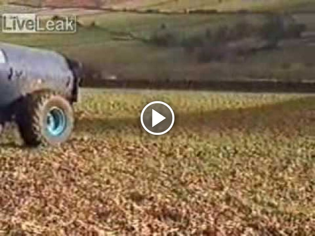Vidéo Massey Ferguson 680