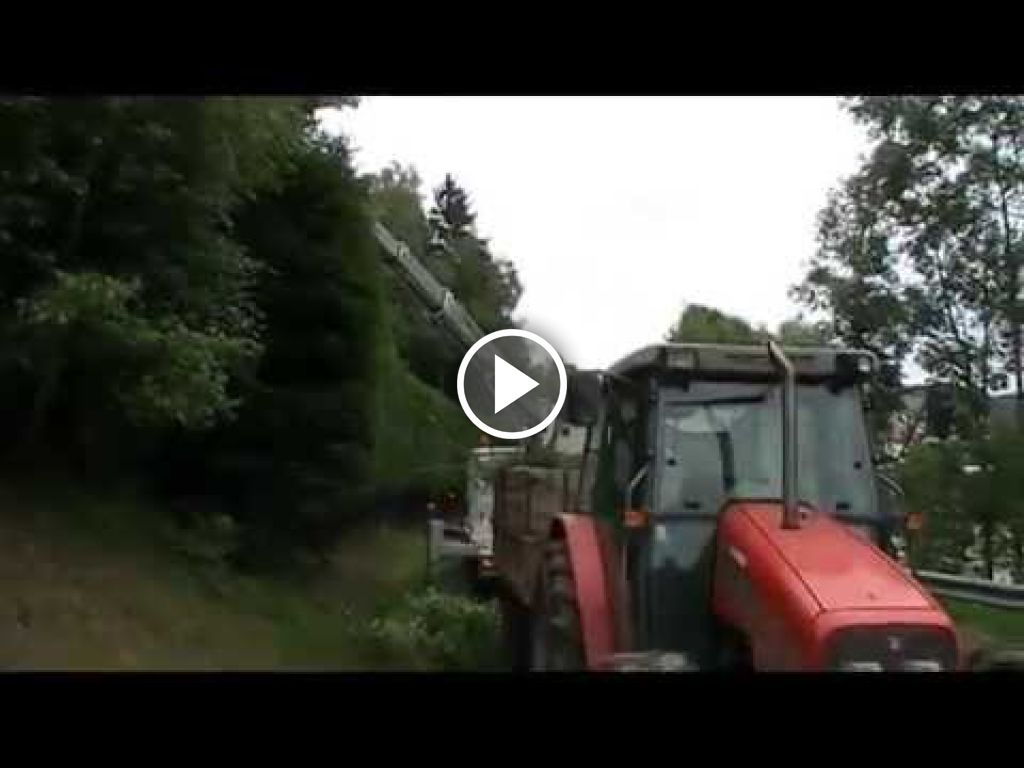 Vidéo Massey Ferguson 4225