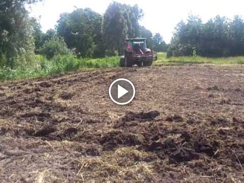 Video John Deere 5820 Tractor