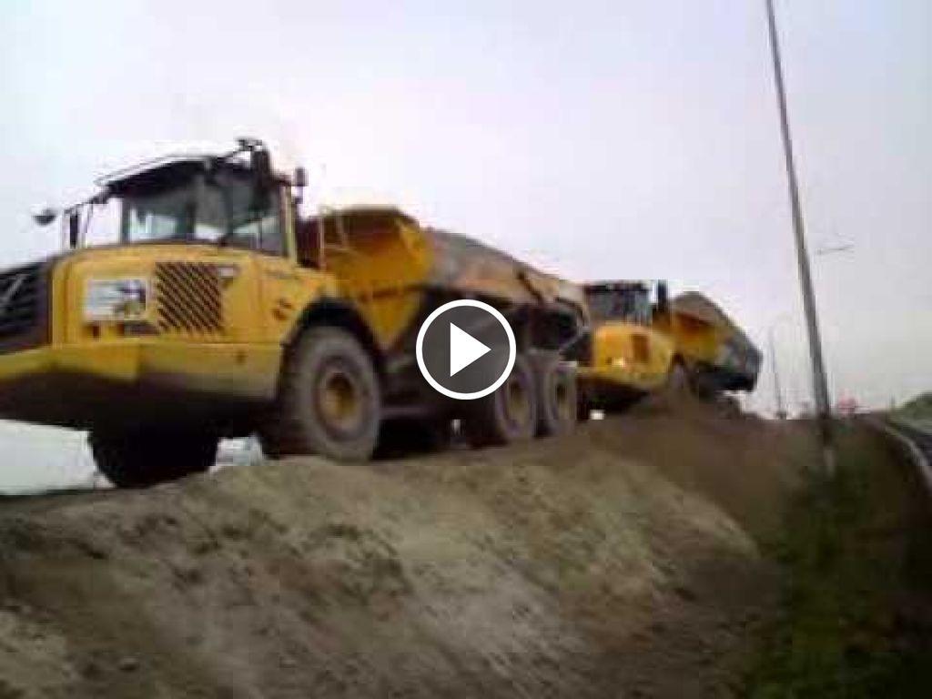 Video Volvo Dumper