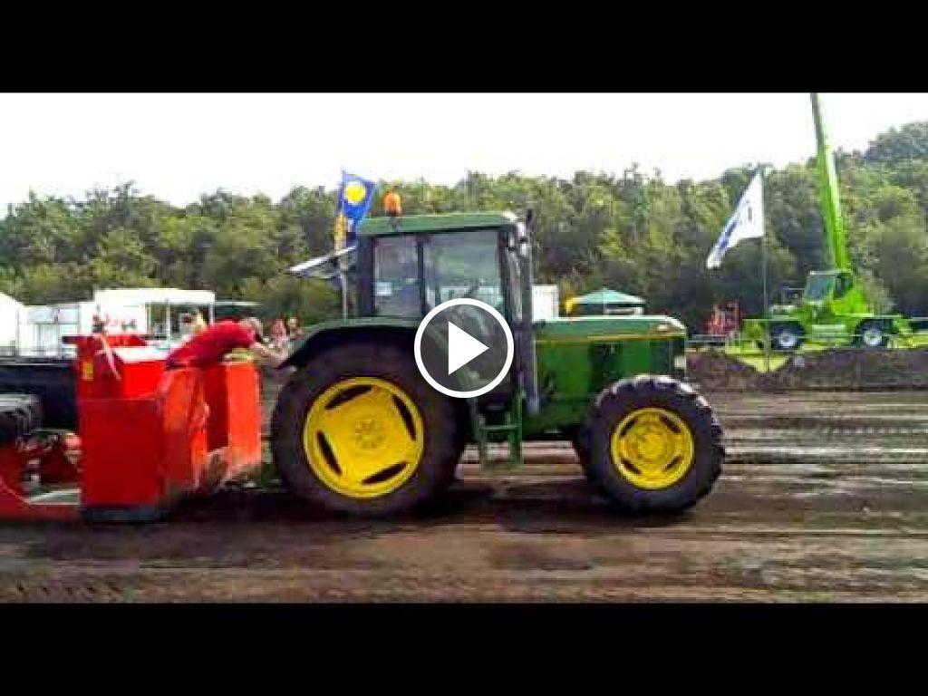 Wideo John Deere 6300