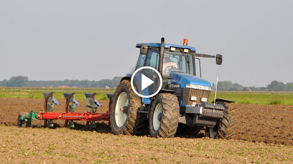 Video New Holland 8770