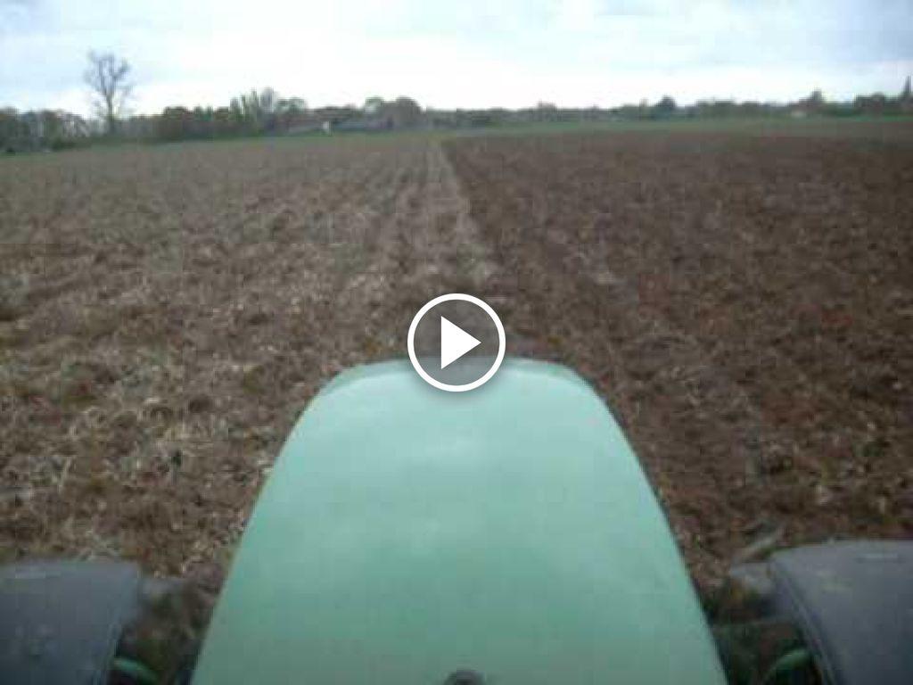 Wideo John Deere 6900