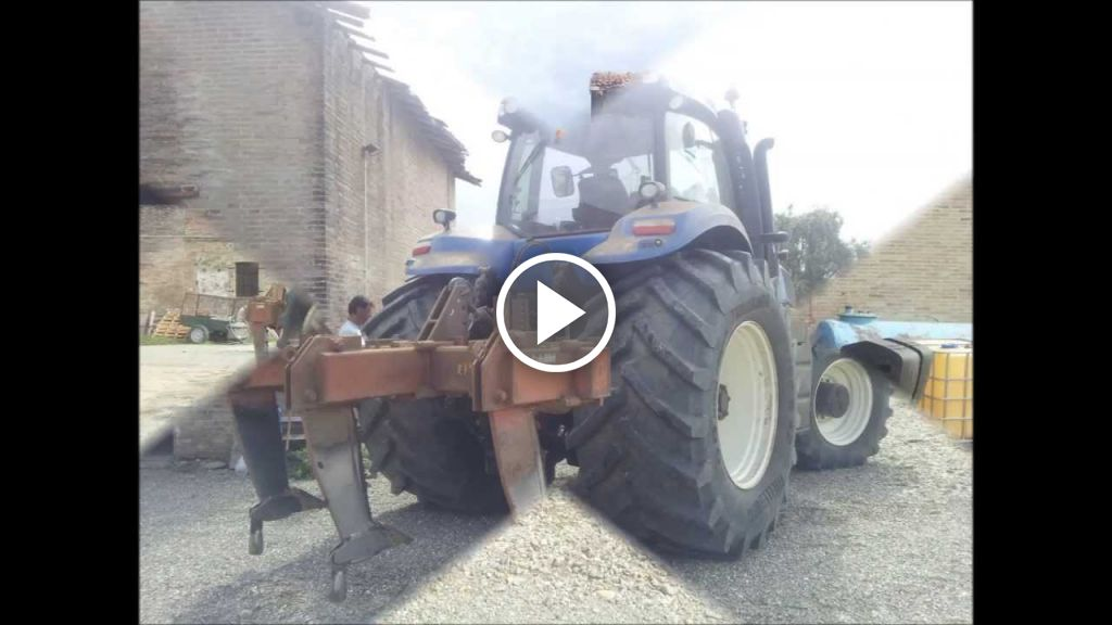 Video New Holland T 8.420