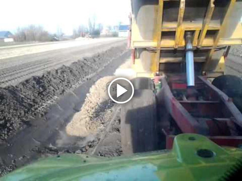 Video Claas Arion 510