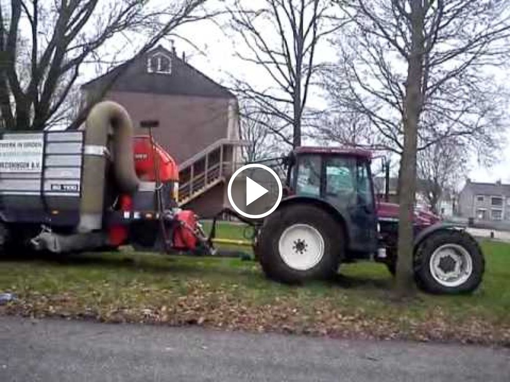 Video New Holland TN65S