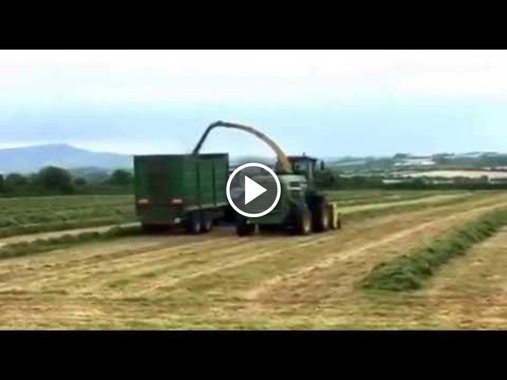 Wideo John Deere 7800