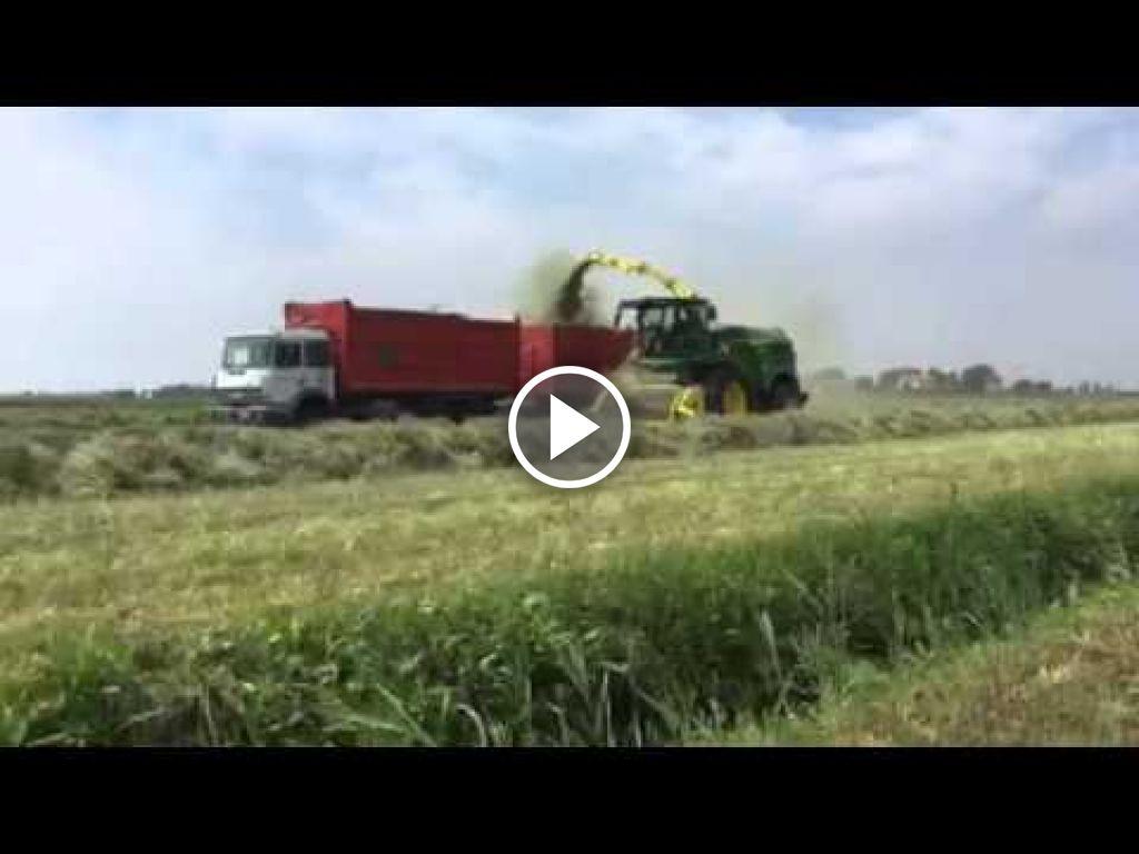Wideo John Deere 8000 SPFH serie