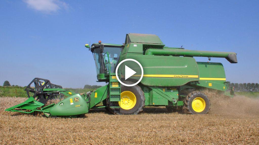 Video John Deere T 550