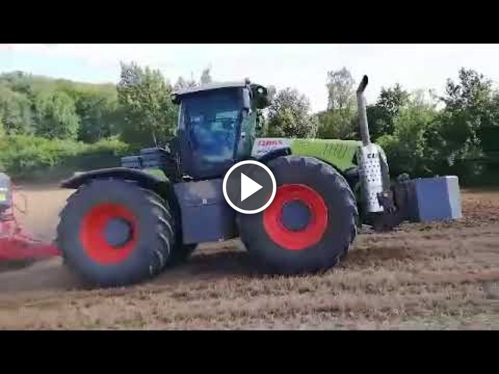 Video Claas Xerion 5000