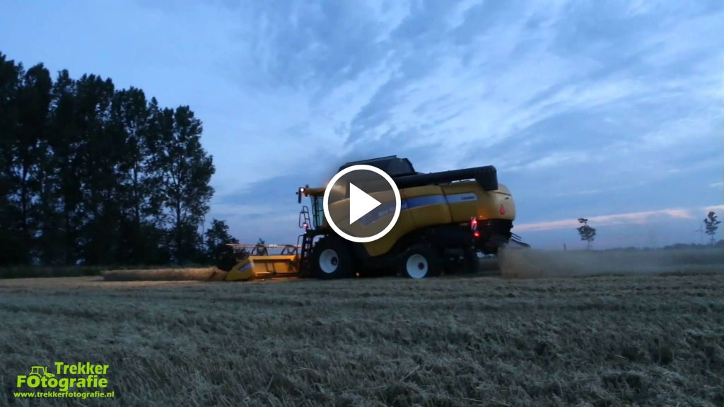 Video New Holland CX 8080