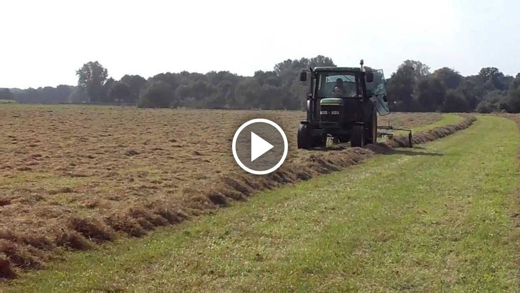 Video John Deere 6110