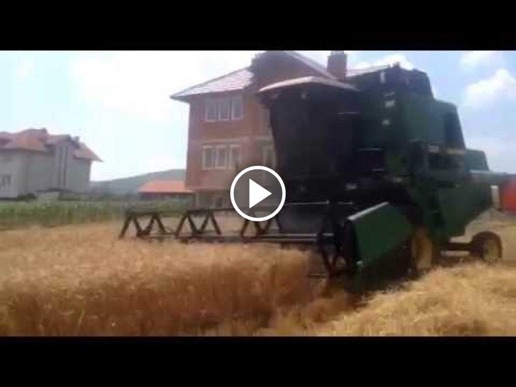 Video John Deere 1085