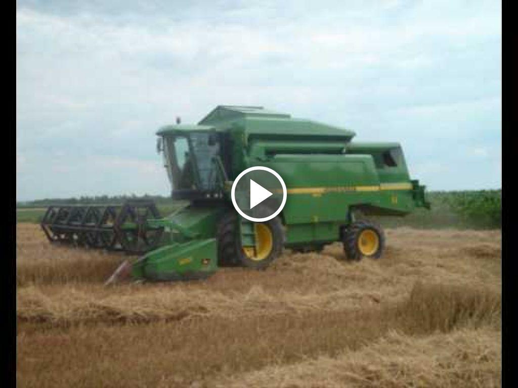Wideo John Deere 2266