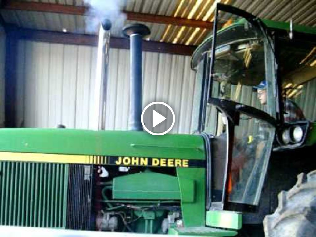 Wideo John Deere 4755