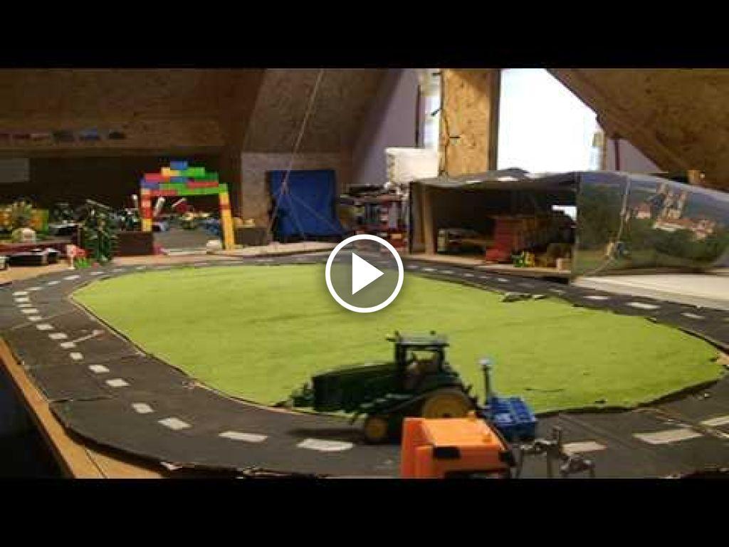 Wideo John Deere 8430 T