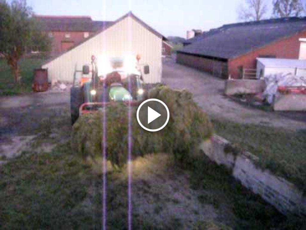 Video John Deere 6320 SE