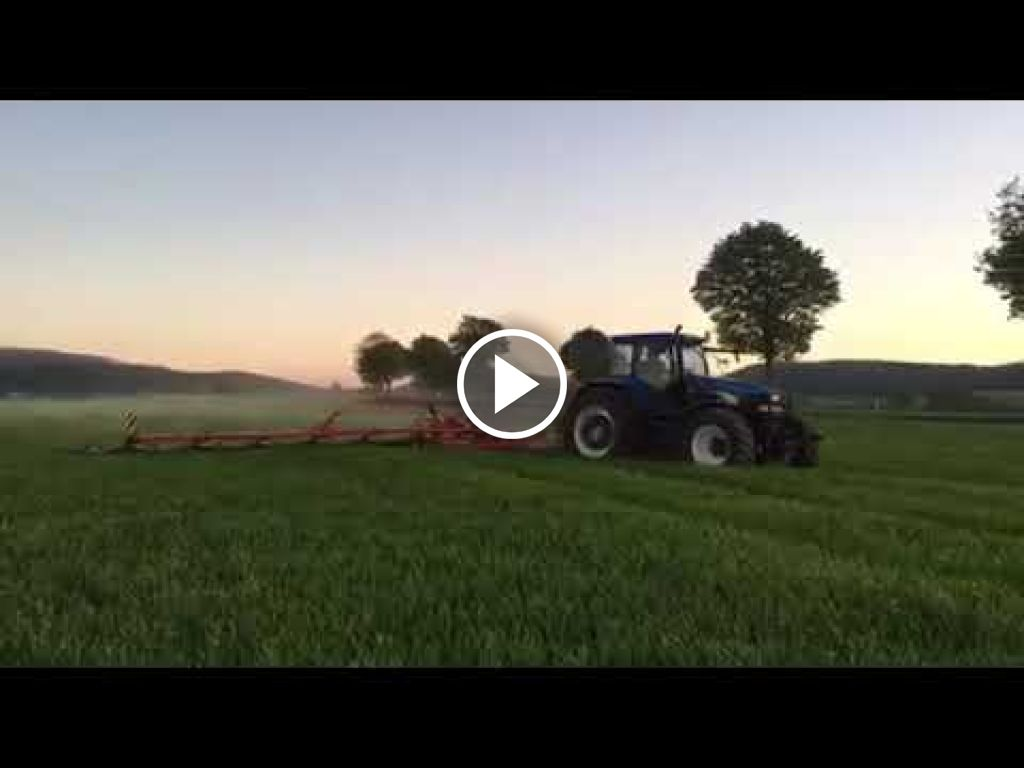 Video New Holland TM 190