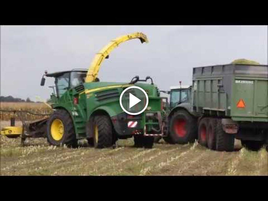 Wideo John Deere 8600