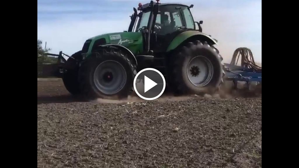 Video Deutz-Fahr Agrotron 260