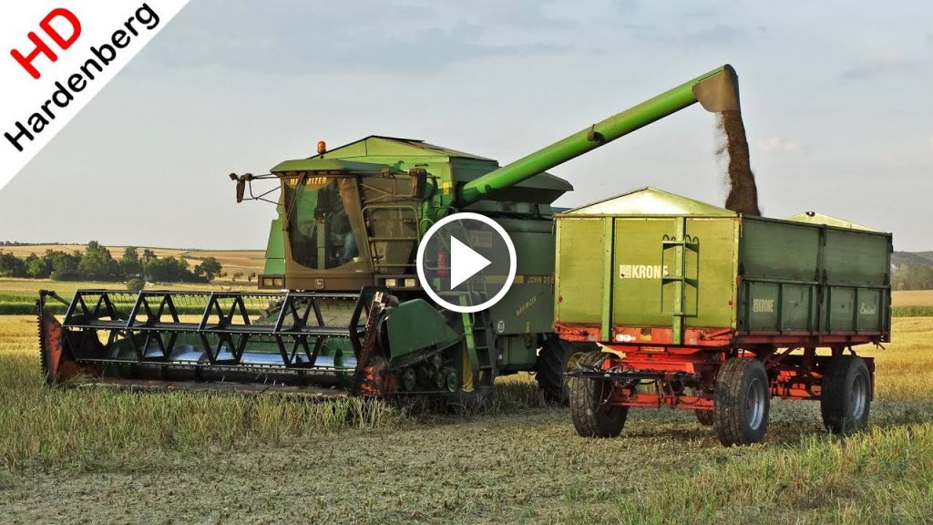 Video John Deere 2256