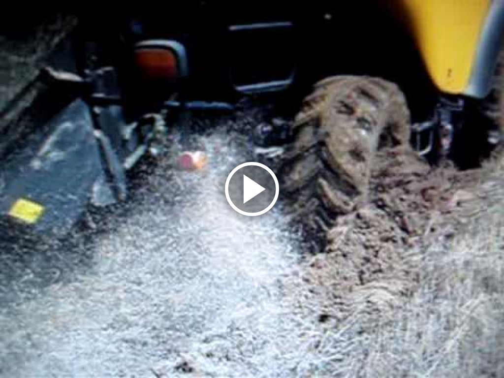 Video New Holland CR
