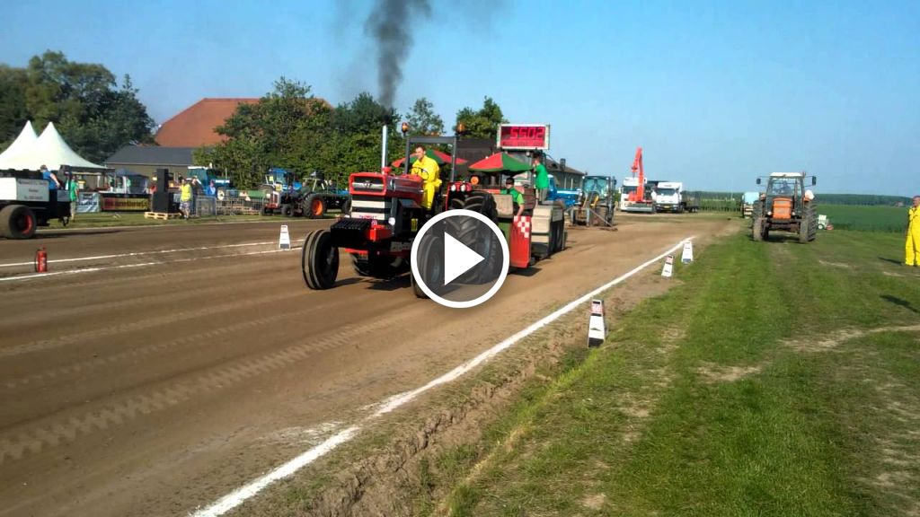 Video Massey Ferguson 1130
