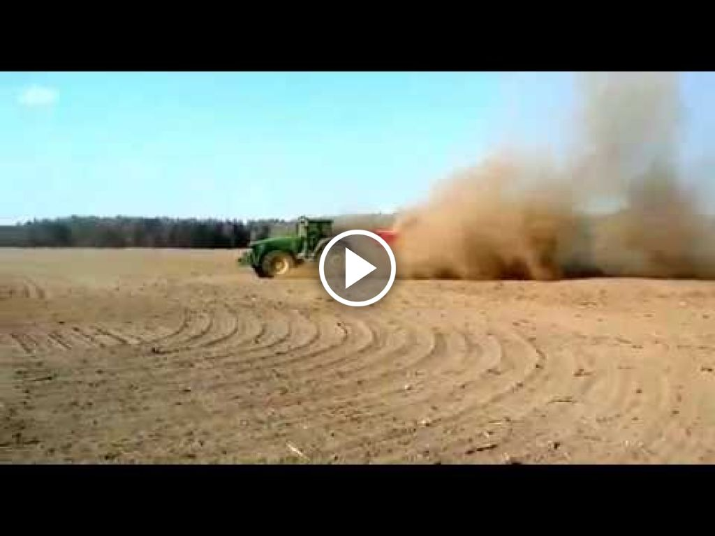 Video John Deere 8520