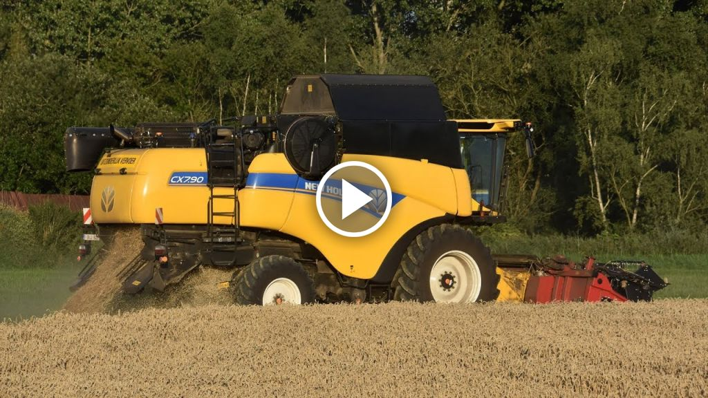 Video New Holland CX