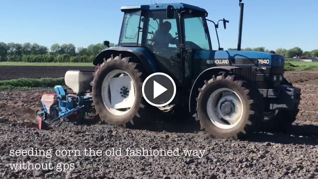 Video New Holland 7840