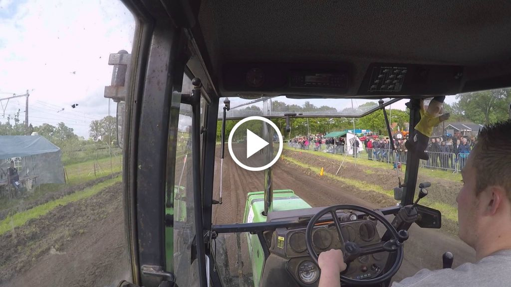 Video Deutz-Fahr DX 4.51