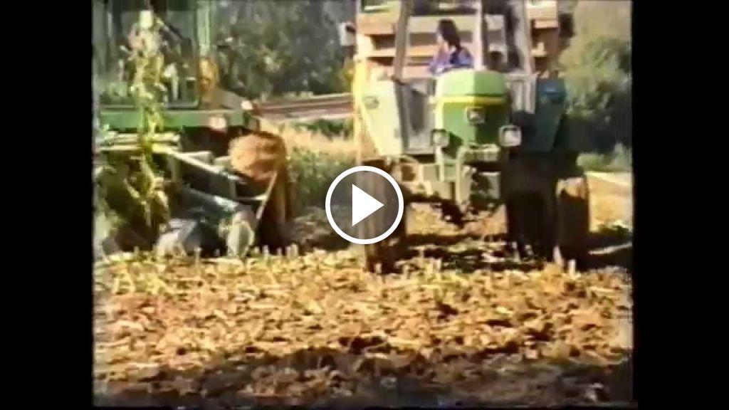 Wideo John Deere 5400