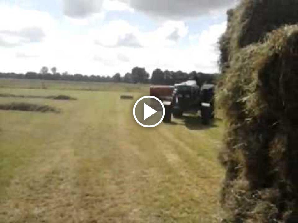 Video New Holland Hayliner 376