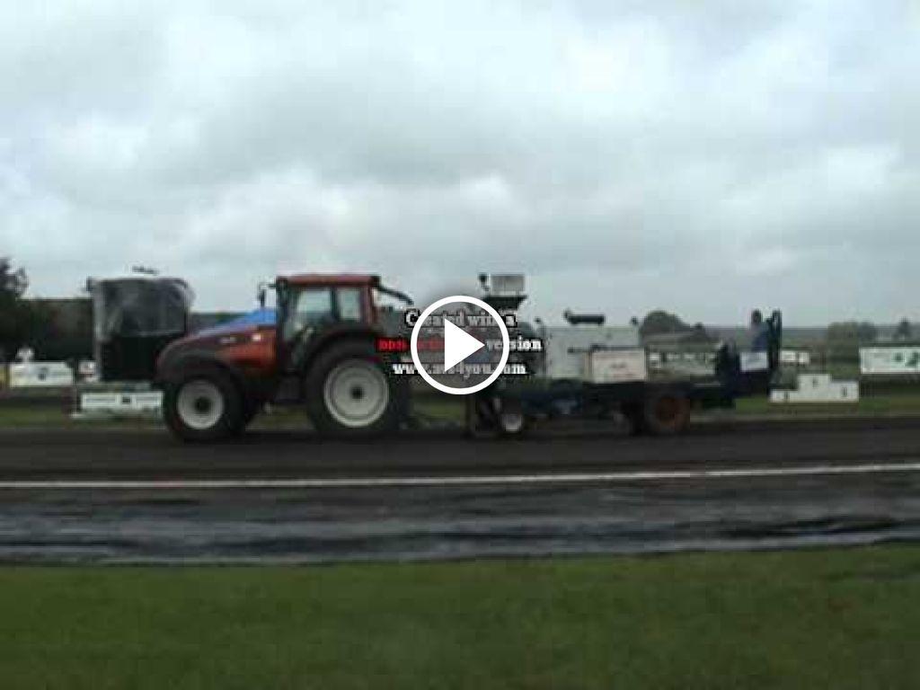 Video Valtra T151