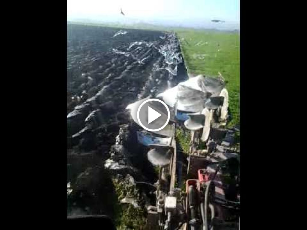 Video Valtra N121