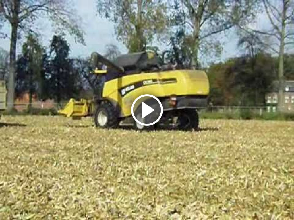 Video New Holland CX 780