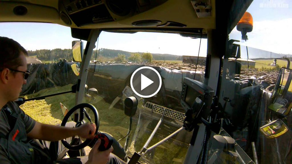 Video Claas Xerion 3800 VC