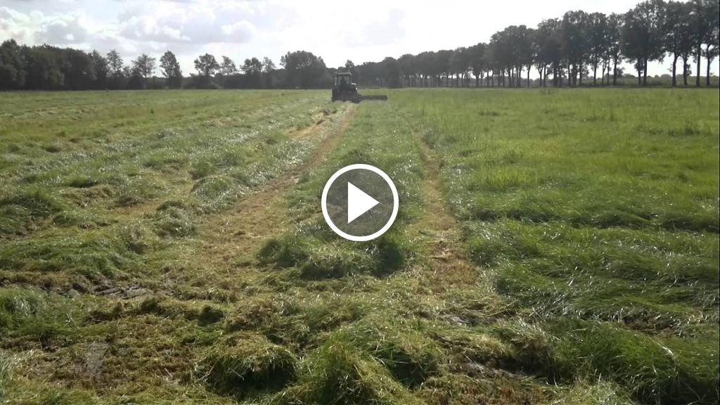 Wideo John Deere 3350