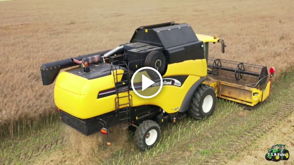 Video New Holland CX 820