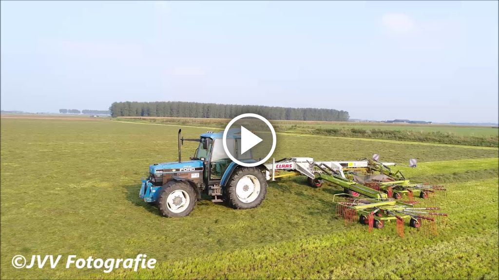 Video New Holland 8240