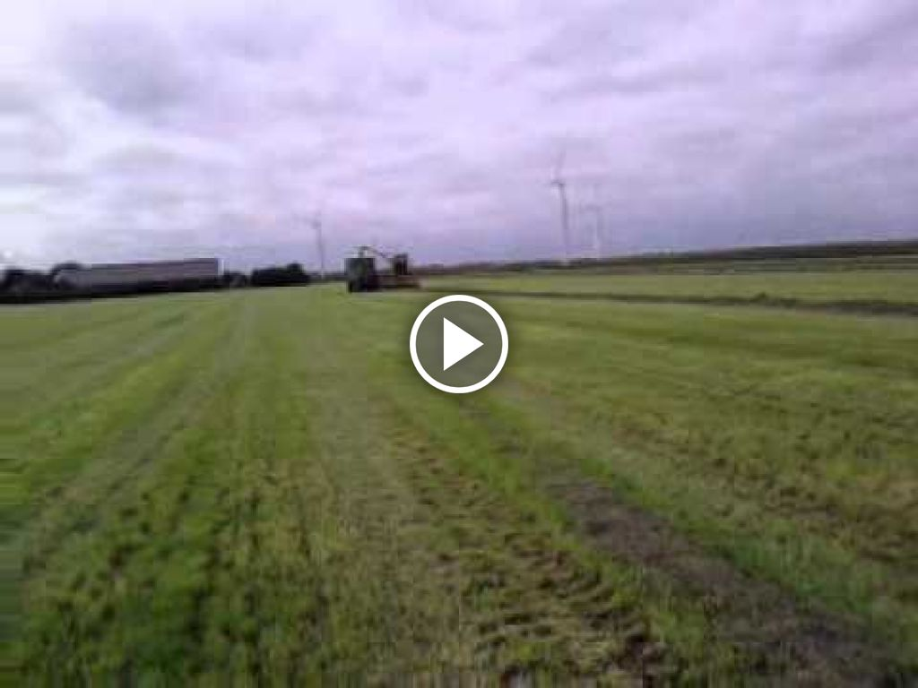 Video New Holland Hakselaar