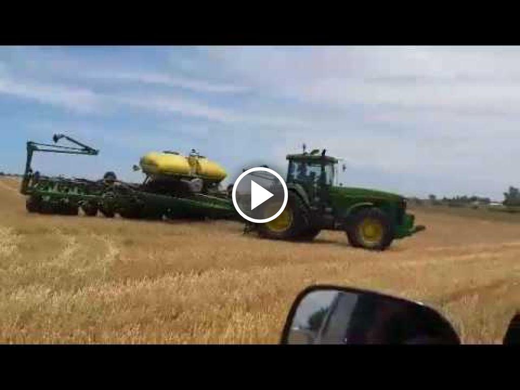 Video John Deere 8200