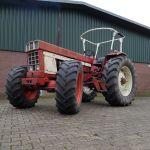International Harvester 1046