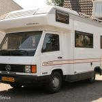 Mercedes-Benz MB100