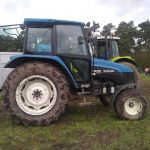 New Holland 4835