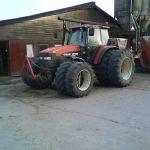 New Holland M 135